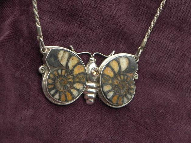 Anhänger Ammonit Schmetterling