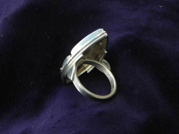3-Steine-Silberring von unten