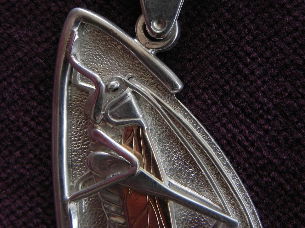 detailreiches heupferd aus silber mit gold