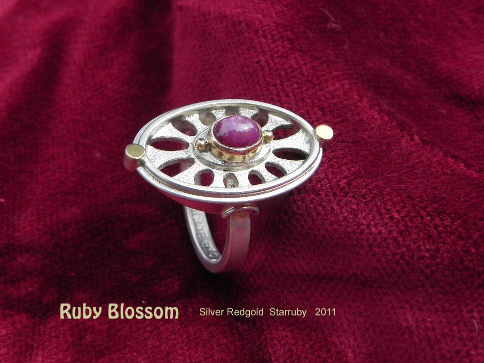 unikatring silber gold rubin blume designerring