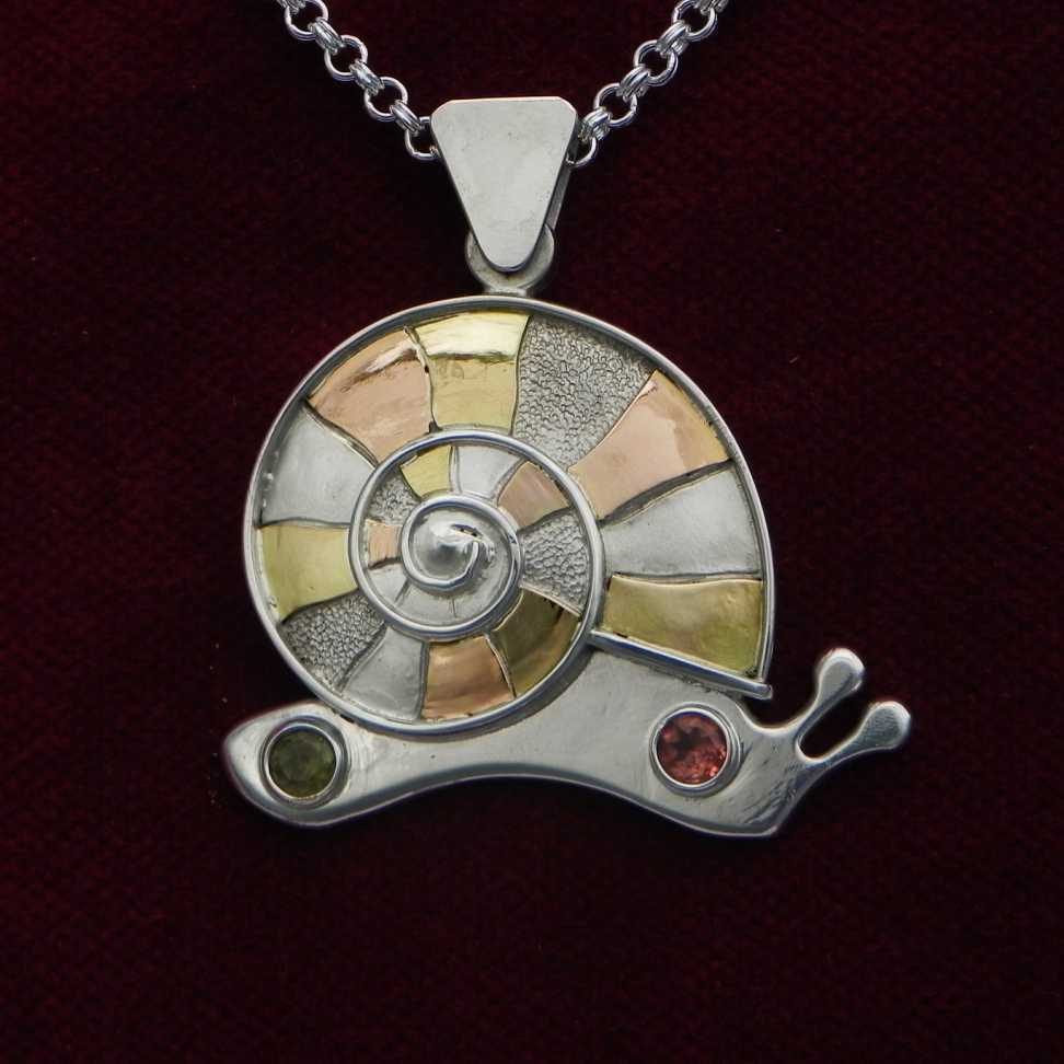Snail with spiral on silverpendant